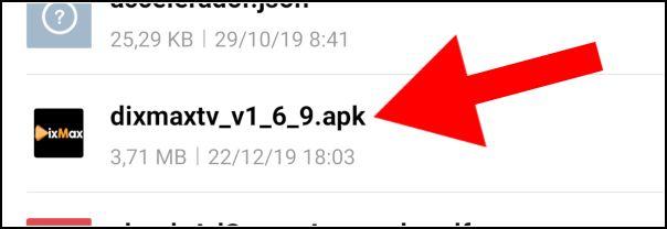 seleccionar APK DixMax TV